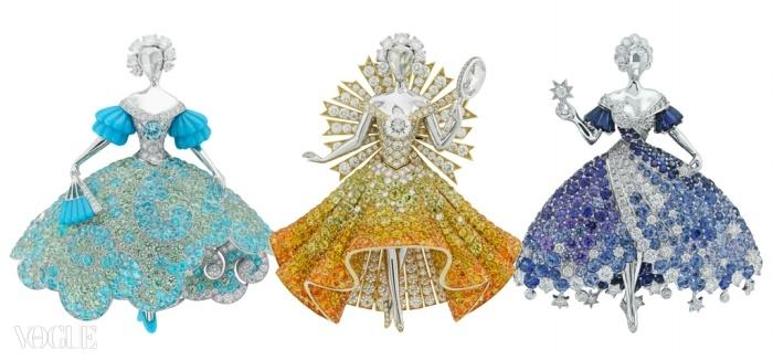 당나귀 공주는 아버지에게 태양과 달에서 영감을 얻은 독특한 드레스들을 요구한다. 반 클리프&아펠은 그 이야기를 보석 클립 세트로 해석했다. ⓒ Van Cleef & Arpels
