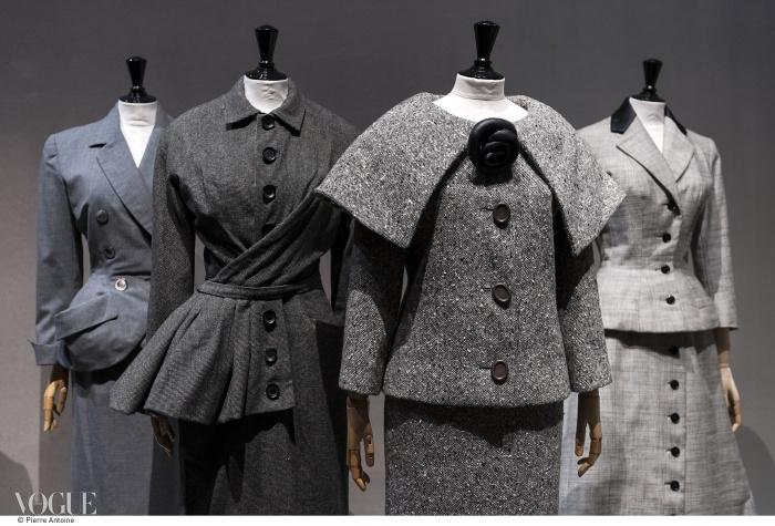 50년대 데이웨어. (왼쪽부터) 디올 1949년 가을 컬렉션, 디올 1950년 가을 컬렉션, 피에르 가르뎅 1958년 가을 컬렉션, 자크 파스 1955년 봄 컬렉션. ⓒ Pierre Antoine