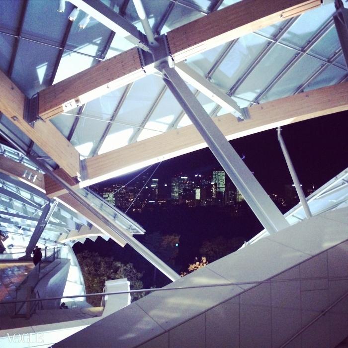 게리 빌딩 옥상에서 본 파리의 밤.