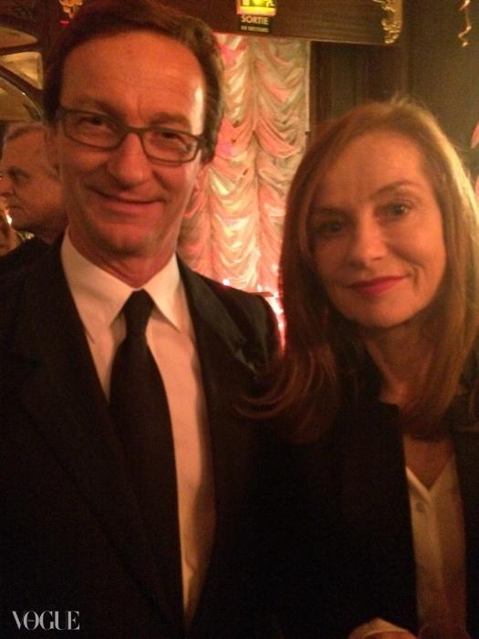 타데우스 로팍과 프랑스 여배우 이자벨 위페르가 파리 포토의 캘러리 타데우스로팍을 위해 로버트 메이플소프의 큐레이션을 축하하기 위해 파리에 있는 맥심의 저녁