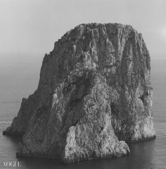 산(Mountain), 1983. 로버트 메이플소프. 은 젤라틴 사진. 40.6 x 50.8 cm (16 x 20 in) RMP 1325© 로버트 메이플소프 재단. 코더시 갤러리 타데우스로팍 파리/잘츠부르크