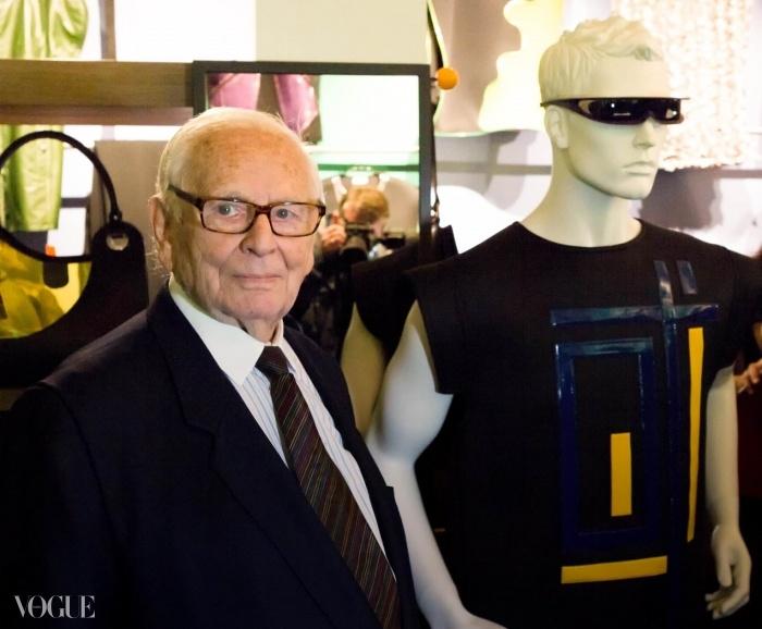 자신의 새 박물관에 있는 피에르 가르뎅 ⓒ아카이브 피에르 가르뎅(Archive Pierre Cardin)