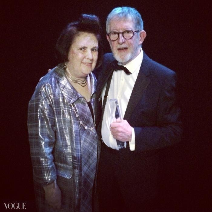 캣워크 사진가 크리스 무어가 '스페셜 레코그니션 어워드(Special Recognition award)'를 수상했고, 그것을 수여할 영광이 나에게 주어졌다.