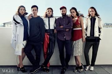 새롭게 단장한 분더샵에서의 전시를 위해서울을 찾은 프로엔자 스쿨러의 라자로헤르난데즈(왼쪽)와 잭 맥콜로(오른쪽).모델들이 입은 2015년 봄 컬렉션은 아메리칸스포츠웨어를 자신들만의 시선으로재해석한 결과다.