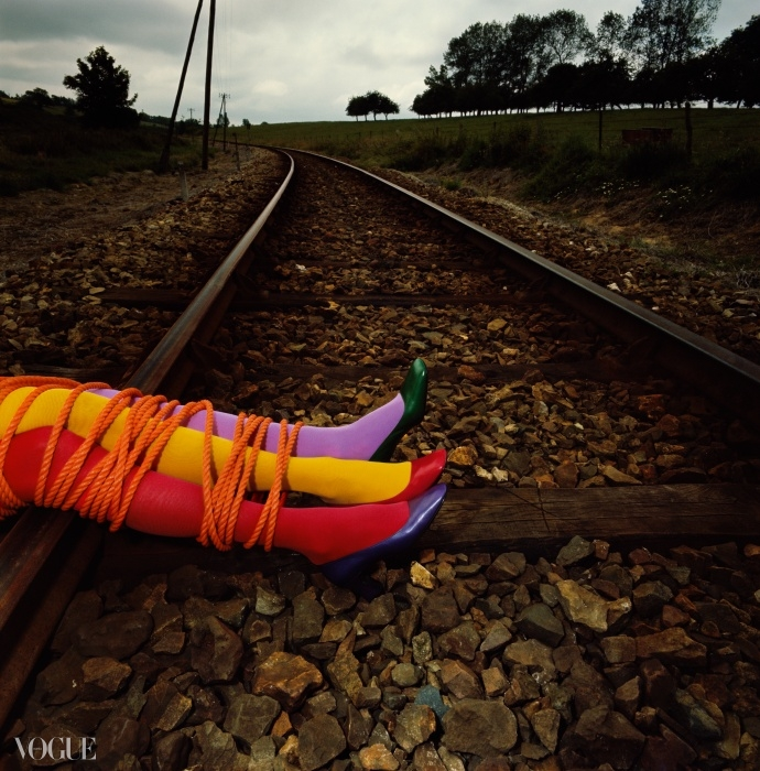 찰스 쥬르당, autumn 1970, 기 부르댕 작 ⓒ Guy Bourdin Estate 2014 Courtesy A+C