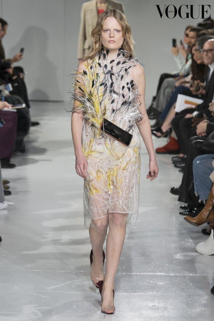 Hanne Gaby Odiele in Calvin Klein