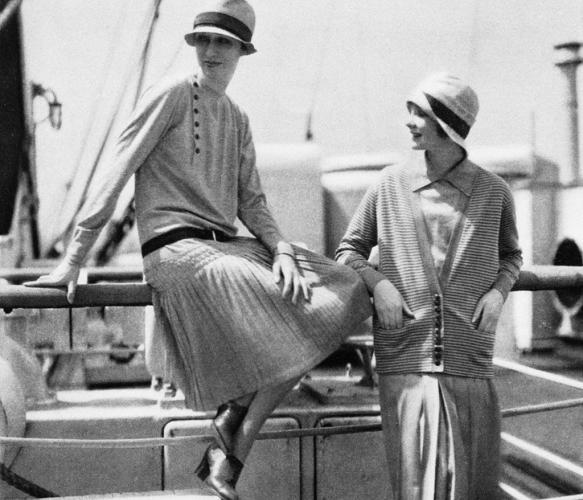 에드워드 스타이컨이 촬영한 VOGUE US1926년 6월호