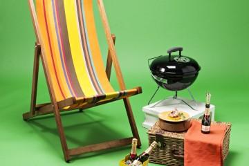 미니 모엣은 200ml, 플루트만 있다면 따로 잔이 필요 없다. 썸머 솔라 버킷(Summer Solar Buket) 은 2시간 동안 칠링된 상태를 든든히 지켜준다.