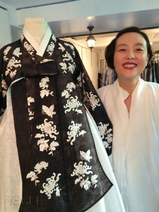 한복 드레스 디자이너인 김영진