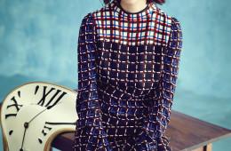 기하학적인 패턴의 드레스는 마르니(Marni).