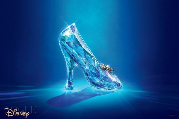 4_Cinderella-slipper_1440x960