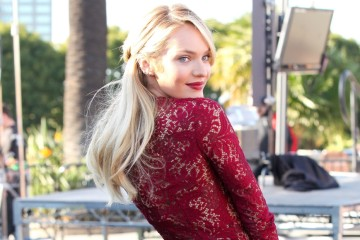 Candice Swanepoel looks radiant for 'Extra'