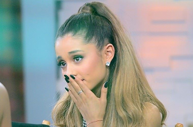 Ariana Grande breaks down in tears during 'Good Morning America' interview