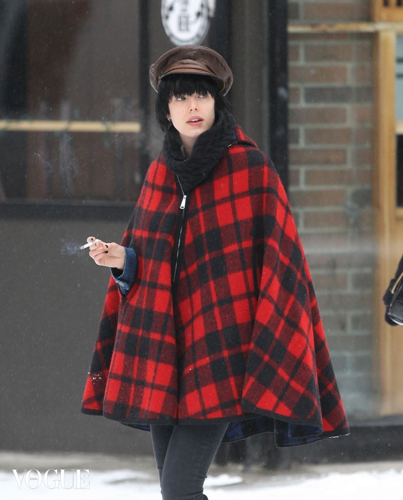 Agyness Deyn enjoys the New Year in a snowy New York City