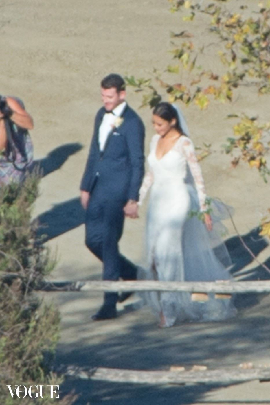 Jamie Chung and Bryan Greenberg Get Married on Halloween