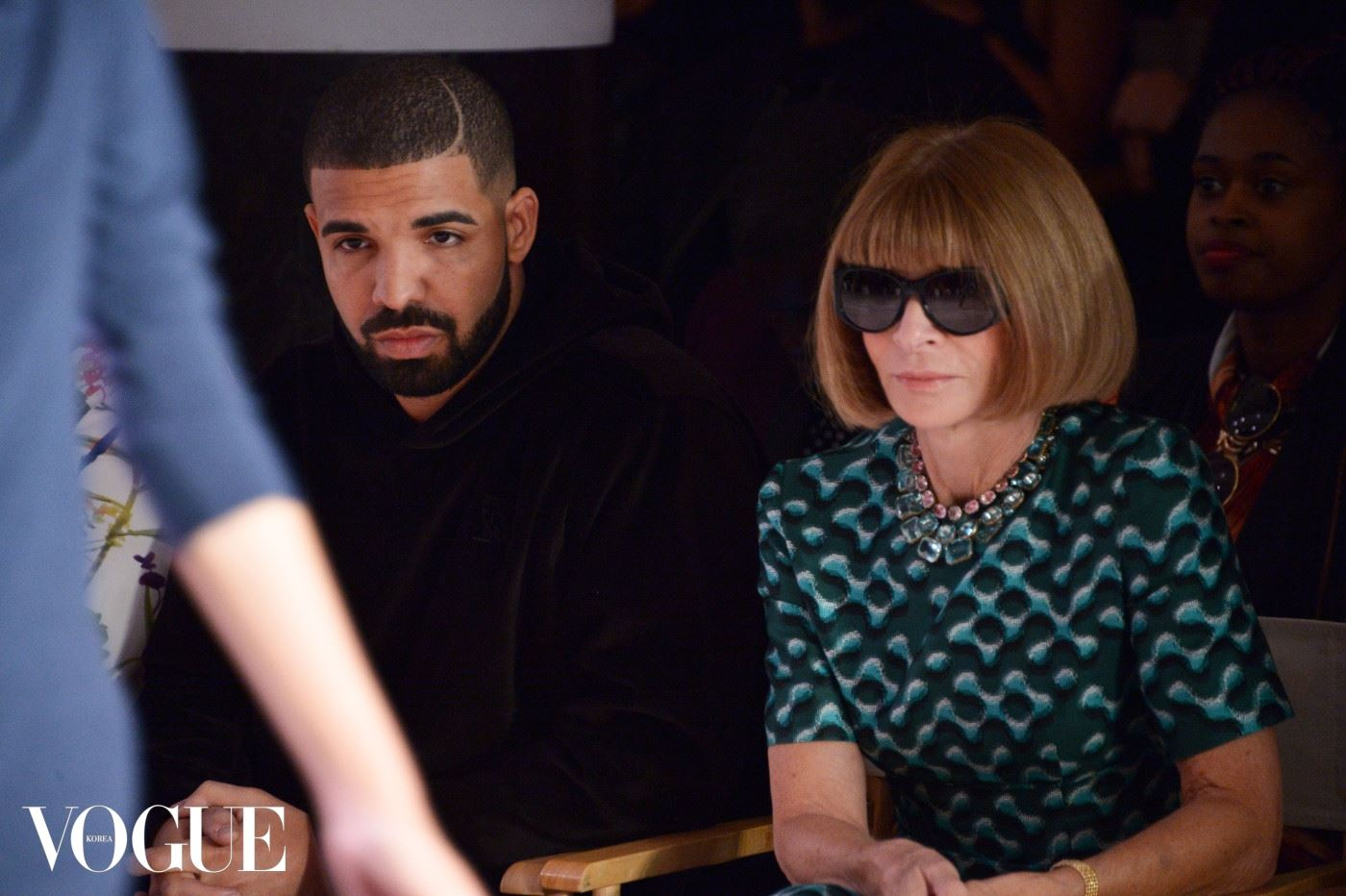 NEW YORK, NY - SEPTEMBER 15: Drake and Anna Wintour attend the Serena Williams Signature Statement by HSN  show during Spring 2016 Style360 on September 15, 2015 in New York City.  (Photo by Grant Lamos IV/Getty Images)