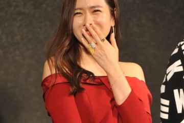 """South Korean actress Son Ye-jin attends a press conference for her new movie """"Bad Guys Always Die"""" in Beijing, China, 23 November 2015.  Pictured: Son Ye-jin glams up with co-stars to preheat 'Bad Guys Always Die' in Beijing Ref: SPL1183222  231115   Picture by: Imaginechina / Splash News  Splash News and Pictures Los Angeles:310-821-2666 New York:212-619-2666 London:870-934-2666 photodesk@splashnews.com"""