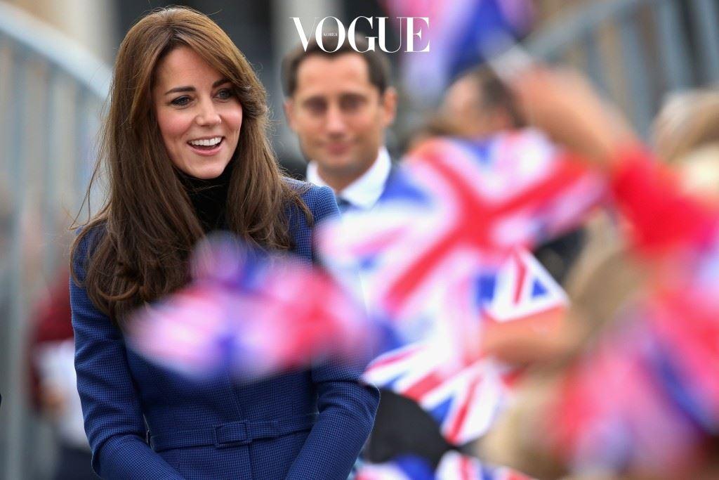 영국에는 연예인 보다 더 유명한 여인이 있죠.
