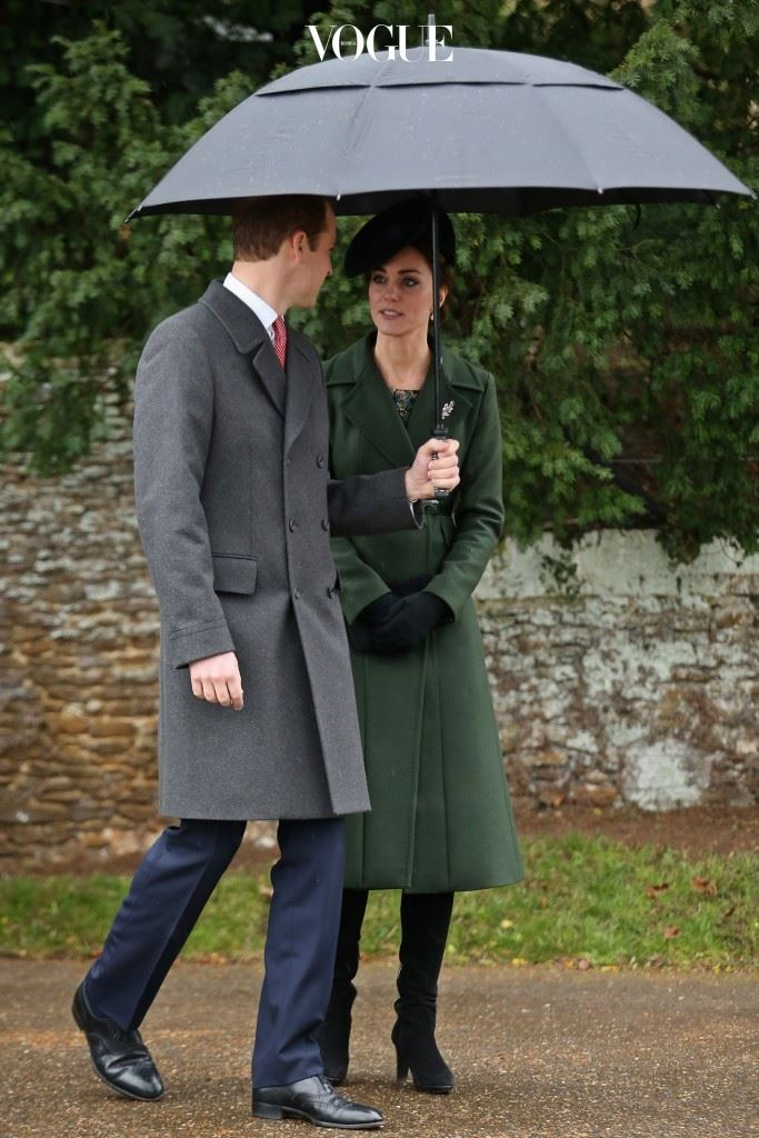 영국 왕세손비의 품격이 느껴지는 각종 스커트/코트 룩을 기본으로 한 그녀는 영국 패션지의 단골 스타로서,