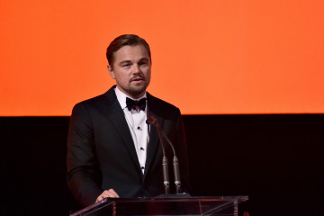 LOS ANGELES, CA - NOVEMBER 07:  Art+Film Gala Co-Chair Leonardo DiCaprio speaks onstage during LACMA 2015 Art+Film Gala Honoring James Turrell and Alejandro G Iñárritu, Presented by Gucci at LACMA on November 7, 2015 in Los Angeles, California.  (Photo by Mike Windle/Getty Images for LACMA)
