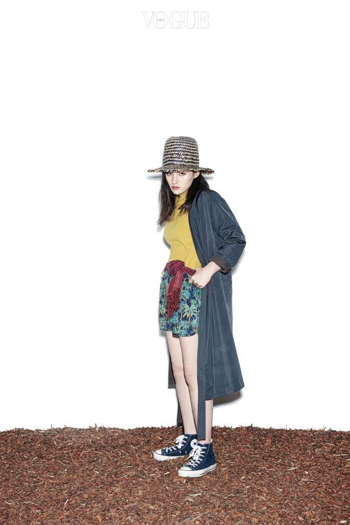 헤리티지 플로스가 이번 시즌 처음으로 여성복과 남성복을 함께 선보인다. 물론 이제까지 브랜드가 해오던 방식처럼, 좋은 면으로 만든 소재와 편안한 스타일은 그대로.
