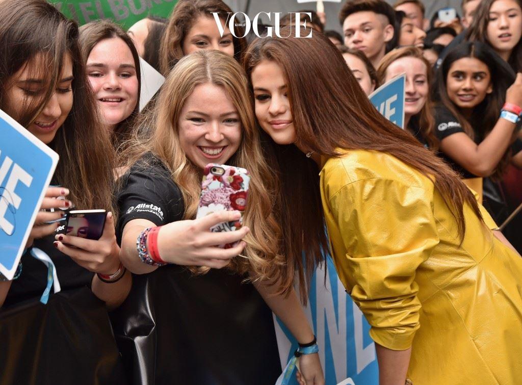 영예의 주인공은 바로, 셀레나 고메즈(Selena Gomez)!