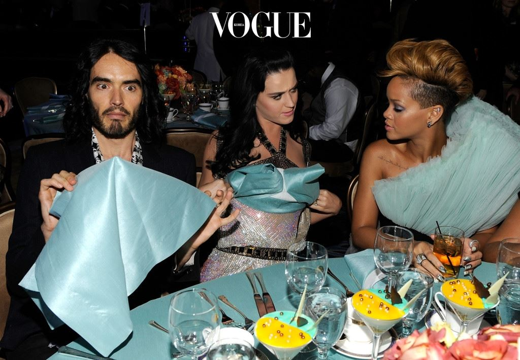 BEVERLY HILLS, CA - JANUARY 30:  Actor/Comedian Russell Brand, Singer Katy Perry and Singer Rihanna during the 52nd Annual GRAMMY Awards - Salute To Icons Honoring Doug Morris held at The Beverly Hilton Hotel on January 30, 2010 in Beverly Hills, California.  (Photo by Larry Busacca/Getty Images for NARAS)