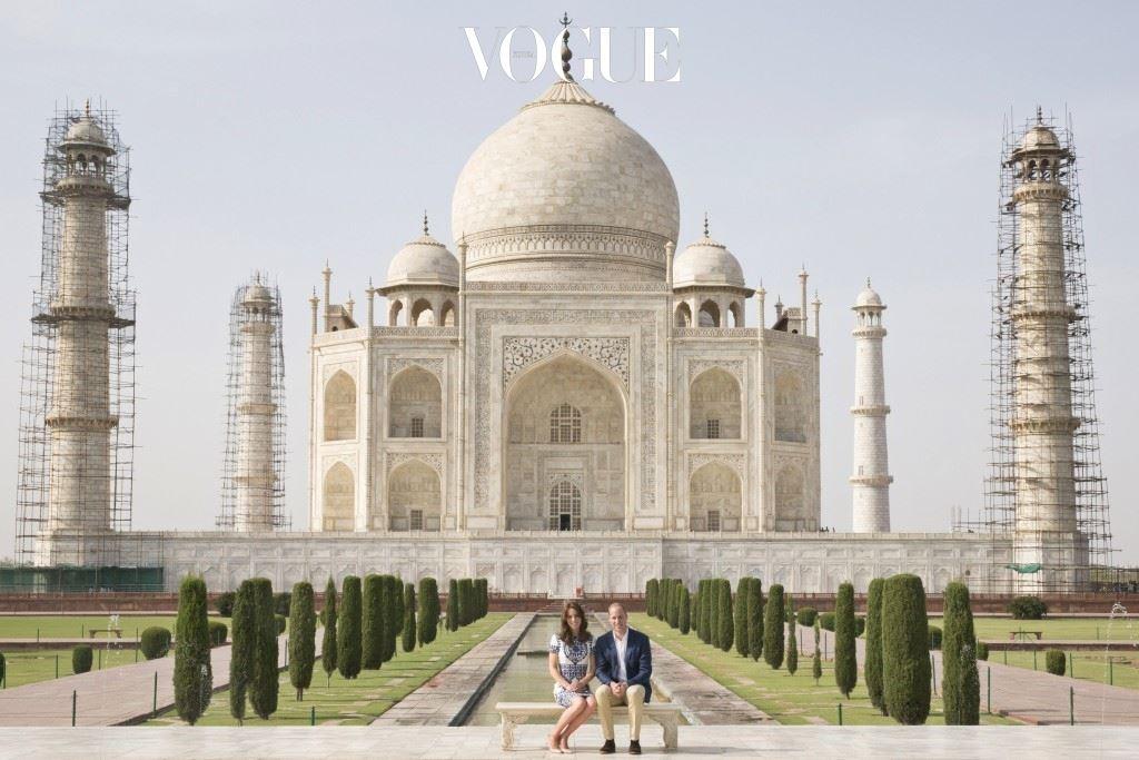 일명 '로얄 투어'라 불리는 영국 왕실 가족의 공식 행사를 남편과 함께 인도와 부탄으로 떠난 겁니다.