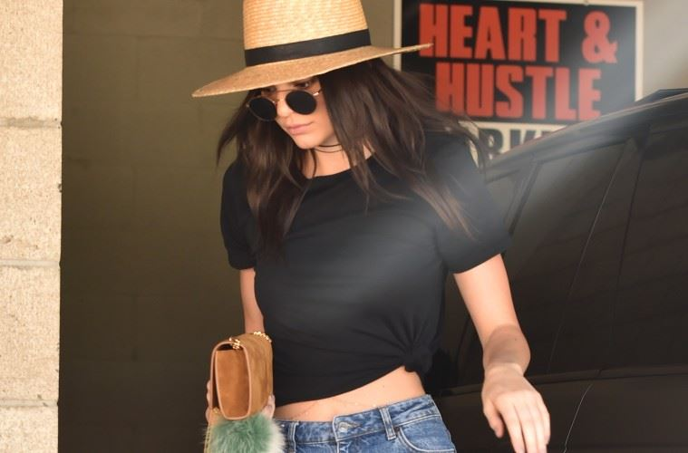 Kendall Jenner Goes To A Office Building in West Hollywood  Pictured: Kendall Jenner Ref: SPL1252609  250316   Picture by: Photographer Group / Splash News  Splash News and Pictures Los Angeles:	310-821-2666 New York:	212-619-2666 London:	870-934-2666 photodesk@splashnews.com