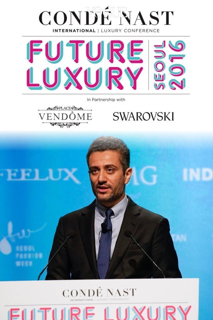 조르지오 아르마니 글로벌 커뮤니케이션 책임자 클라우디오 칼로가 아르마니가 영화에 실질적으로 관여하는 이유에 대해 설명하고 있다.