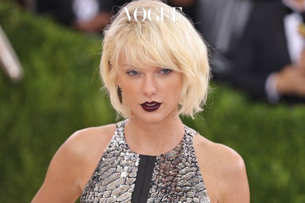 원래 금발머리였던 스타들도 보다 강력한 금발에 매료된 거죠. 테일러 스위프트(Taylor Swift)