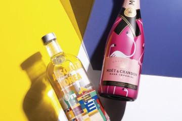 두 병의 술이 경쾌하게 패키지를 갈아입었다. 앱솔루트는 시티 에디션, '앱솔루트 코리아'를 내놨다. 청, 적, 황, 백, 흑, 한국의 전통을 상징하는 오방색을 활용한 문양과 한글 '앱솔루트'는 한 폭의 그림 같다. 모엣&샹동이 로제 에디션을 내놓으며 선택한 파트너는 핑크빛 새 플라밍고다. 팝아트를 연상케 하는 핑크빛 보틀이 그 자체로 선물 같은 모습이다. 라벨 뒷면에는 '왼편에 앉은 사람과 키스에 도전하시겠습니까?' '모르는 사람과 포옹에 도전하시겠습니까?' 같은 미션이 적혀 있어 유쾌함을 더한다.