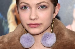 "NEW YORK, NY - FEBRUARY 03:  Writer Tavi Gevinson attends the New York premiere of ""How To Be Single"" at the NYU Skirball Center on February 3, 2016 in New York City.  (Photo by Dimitrios Kambouris/Getty Images)"