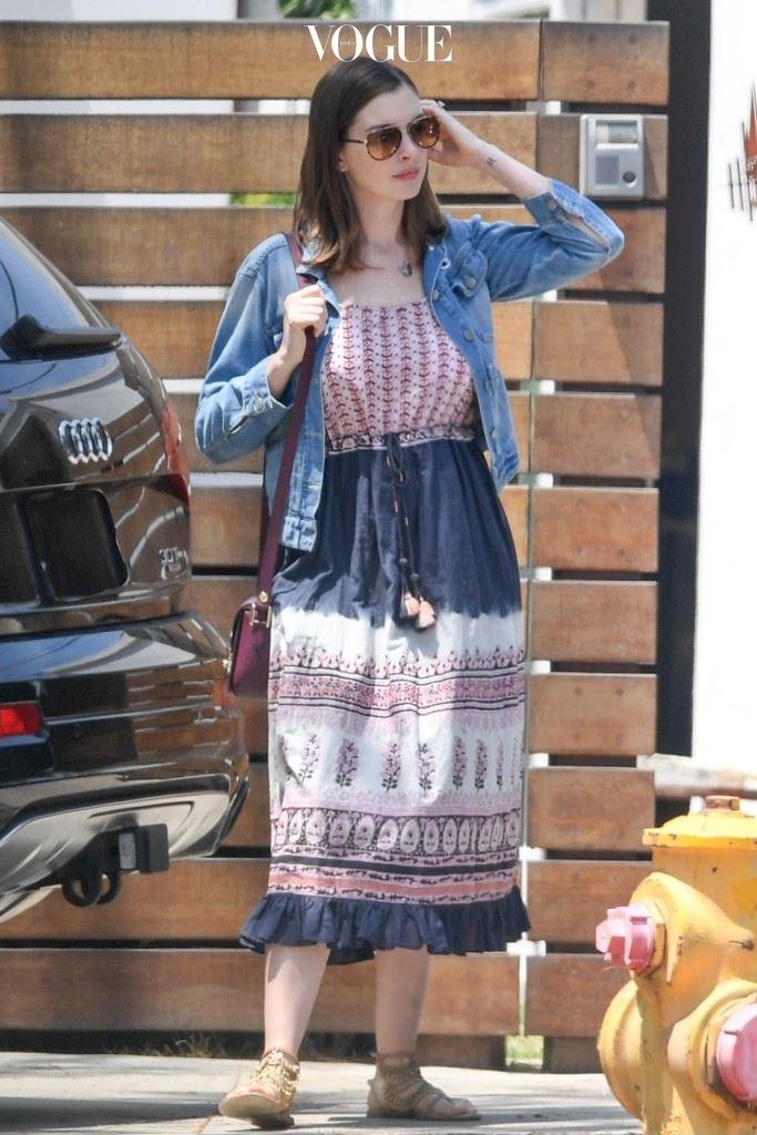 앤 해서웨이(Anne Hathaway)