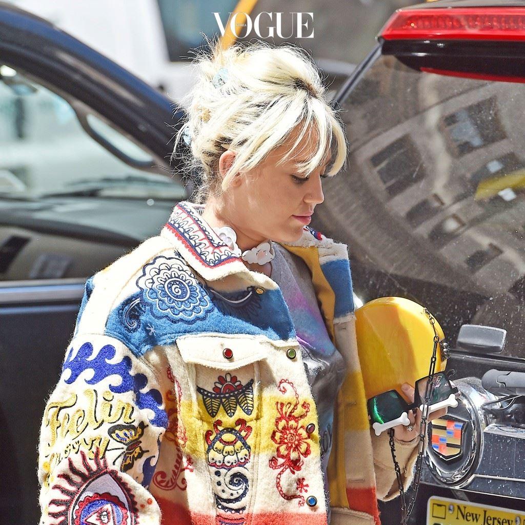 """""""또 앞머리야?!""""를 부르짖게 만드는, 마일리 사이러스(Miley Cyrus)"""