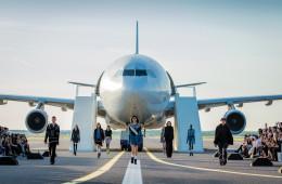 5월 하루, 헬싱키 공항 2번 활주로가 전면 통제됐다. 3,000m 길이의 활주로가 말 그대로 '런웨이'로 돌변했다!