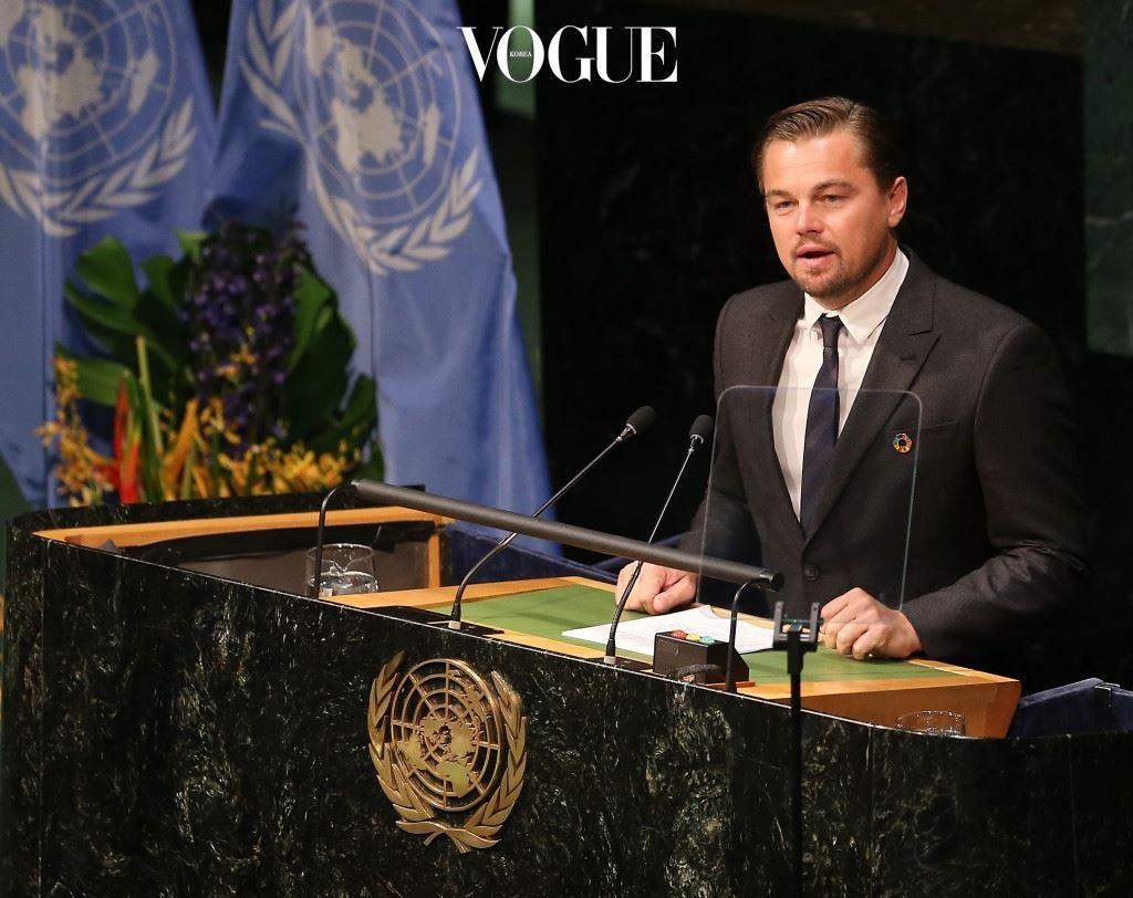 레오나르도 디카프리오(Leonardo Dicaprio) 할리우드 대표 환경 보호가 레오나르도 디카프리오. 2014년 9월부터 UN 평화의 메신저로 활동하며 기후 변화를 막기 위해 노력했습니다.