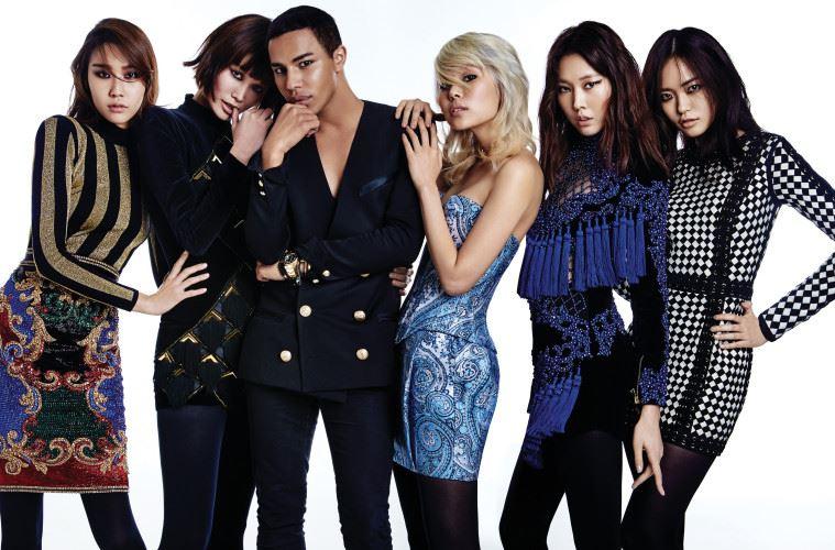 패션계의 저돌적 진보주의자 올리비에 루스테잉은 누구보다 예리하게 현재와 미래를 직시하고 있다.