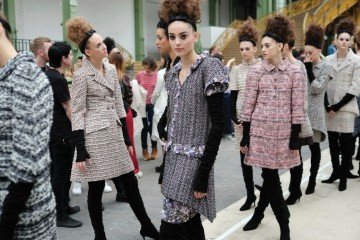 Chanel Haute Couture backstage,  Paris, Autumn/Winter2016. Copyright James Cochrane July 2016. Tel +447715169650 Email james@jamescochrane.net