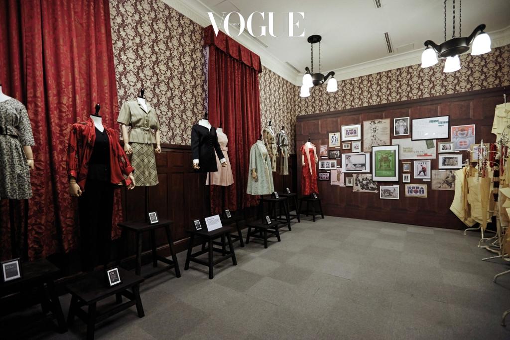 1945~60년 명동 시대를 이끈 디자이너 노라 노의 의상과 당시 매체의 반응이 전시된 공간. 1956년 반도호텔에서 처음 패션쇼를 연 노라 노는 한국 패션의 기반을 다진 1세대 디자이너다.