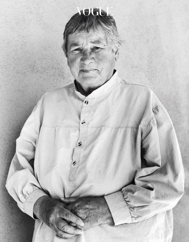 1994년 뉴 멕시코에서 촬영한 아그네스 마틴.
