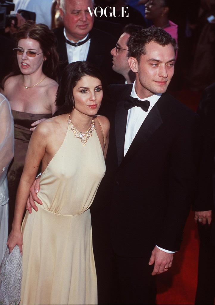 E366553 3/26/00 Los Angeles, Ca. Jude Law And Sadie Frost At The 72Nd Annual Academy Awards. Dave Mcnewonline Usa Inc. (Photo By David Mcnew/Getty Images)