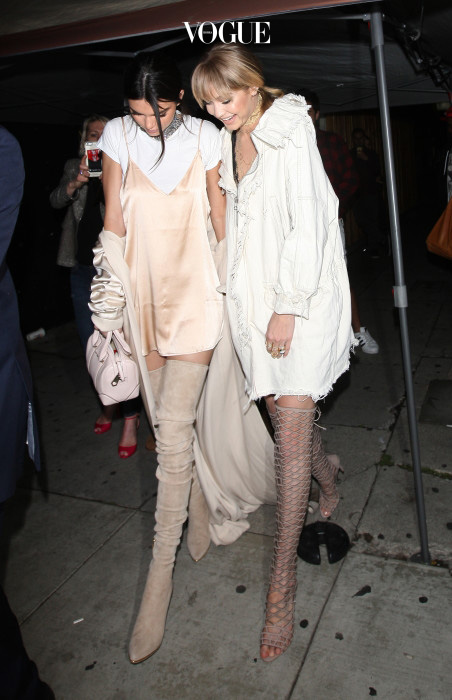 Kendall Jenner And Gigi Hadid Leave The Nice Guy Club Dressed In All White in West Hollywood Pictured: Kendall Jenner And Gigi Hadid Ref: SPL1260476  090416   Picture by: Photographer Group / Splash News Splash News and Pictures Los Angeles:310-821-2666 New York:212-619-2666 London:870-934-2666 photodesk@splashnews.com