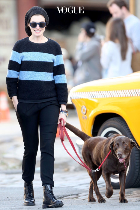 UK CLIENTS MUST CREDIT: AKM-GSI ONLY Anne Hathaway takes a stroll with her husband Adam Shulman, a friend, and her two dogs in New York, NY. The actress tried to go unseen by wearing a large black beanie, black sunglasses, and dressed in an edgy stripe sweater, and black skinnies tucked into her combat boots. Pictured: Anne Hathaway Ref: SPL842813  140914   Picture by: AKM-GSI / Splash News