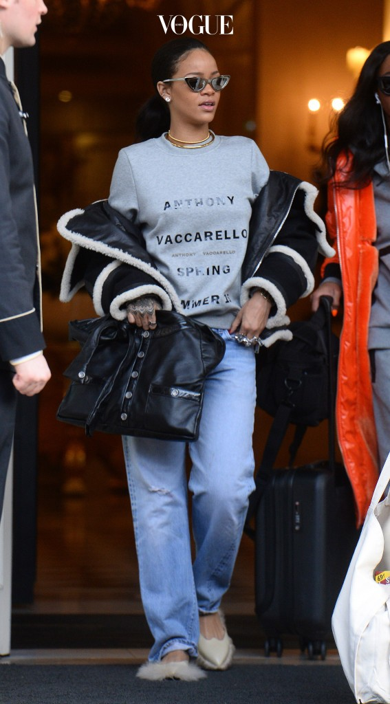 Rihanna seen leaving her hotel in Paris wearing fluffy shoes and grills on her teeth.  Pictured: Rihanna Ref: SPL972134  100315   Picture by: TGB / Splash News Splash News and Pictures Los Angeles:310-821-2666 New York:212-619-2666 London:870-934-2666 photodesk@splashnews.com
