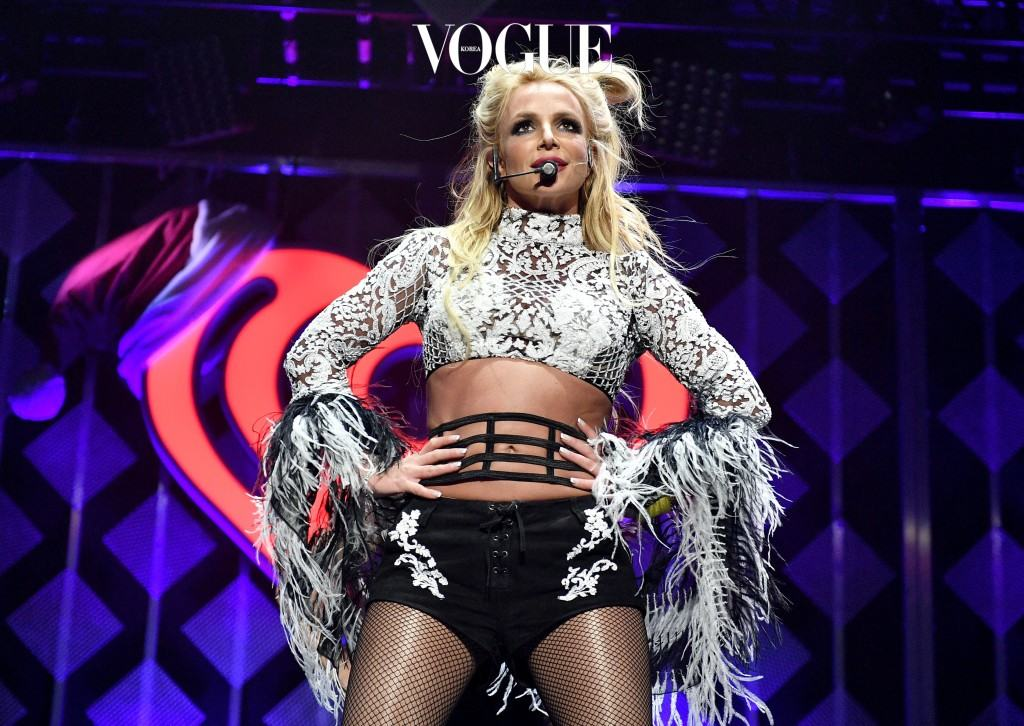 LOS ANGELES, CA - DECEMBER 02:  Singer Britney Spears performs onstage during 102.7 KIIS FM's Jingle Ball 2016 presented by Capital One at Staples Center on December 2, 2016 in Los Angeles, California.  (Photo by Mike Windle/Getty Images for iHeartMedia)