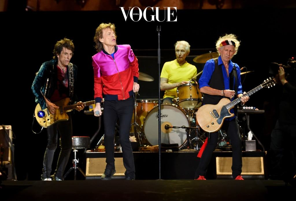 INDIO, CA - OCTOBER 14:  (L-R) Musician Ronnie Wood, singer Mick Jagger, musicians Charlie Watts and Keith Richards of The Rolling Stones perform during Desert Trip at the Empire Polo Field on October 14, 2016 in Indio, California.  (Photo by Kevin Winter/Getty Images)
