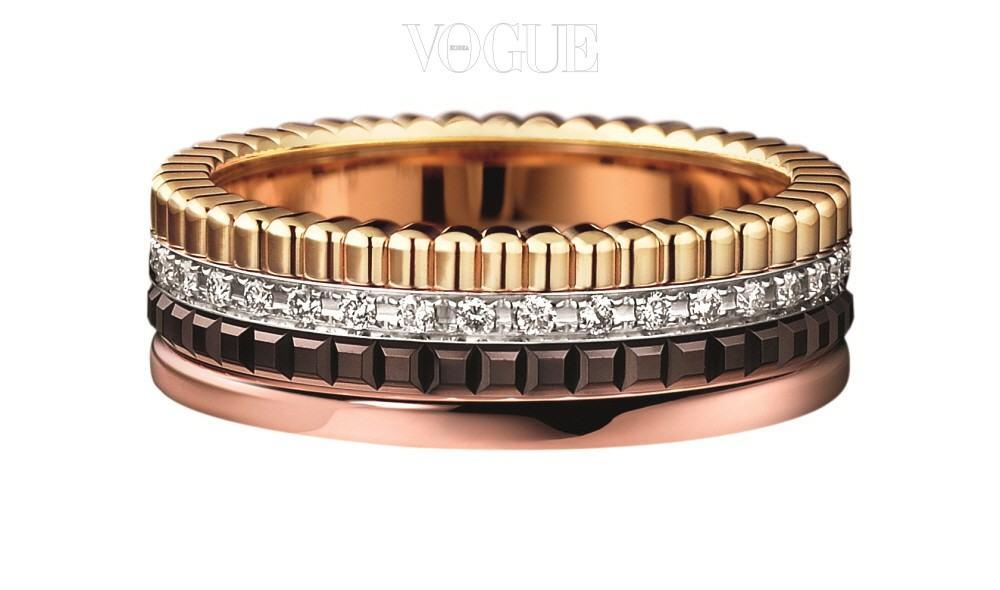 Boucheron옐로, 화이트, 핑크 골드와 브라운 PVD가 결합한 콰트로 클래식 다이아몬드 스몰 링. 1000만원대