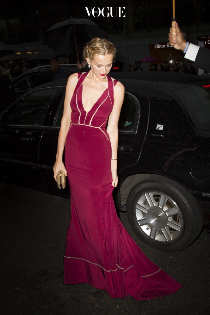 Petra Nemcova arrives at the 2015 CFDA Fashion Awards in New York City. Pictured: Petra Nemcova Ref: SPL1042454  010615   Picture by: Splash News Splash News and Pictures Los Angeles:310-821-2666 New York: 212-619-2666 London:870-934-2666 photodesk@splashnews.com