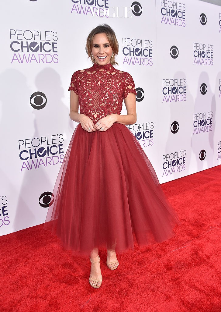 LOS ANGELES, CA - JANUARY 06:  TV personality Keltie Knight attends the People's Choice Awards 2016 at Microsoft Theater on January 6, 2016 in Los Angeles, California.  (Photo by Mike Windle/Getty Images for The People's Choice Awards)
